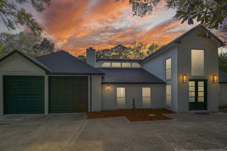 2768  Edgewater Drive, Niceville, Florida