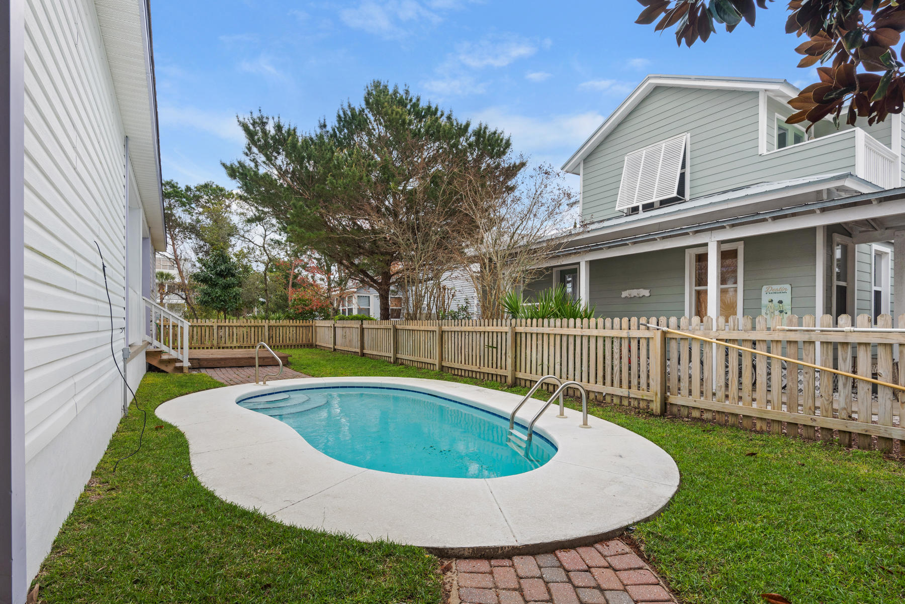 Photo of home for sale at 4496 Luke, Destin FL