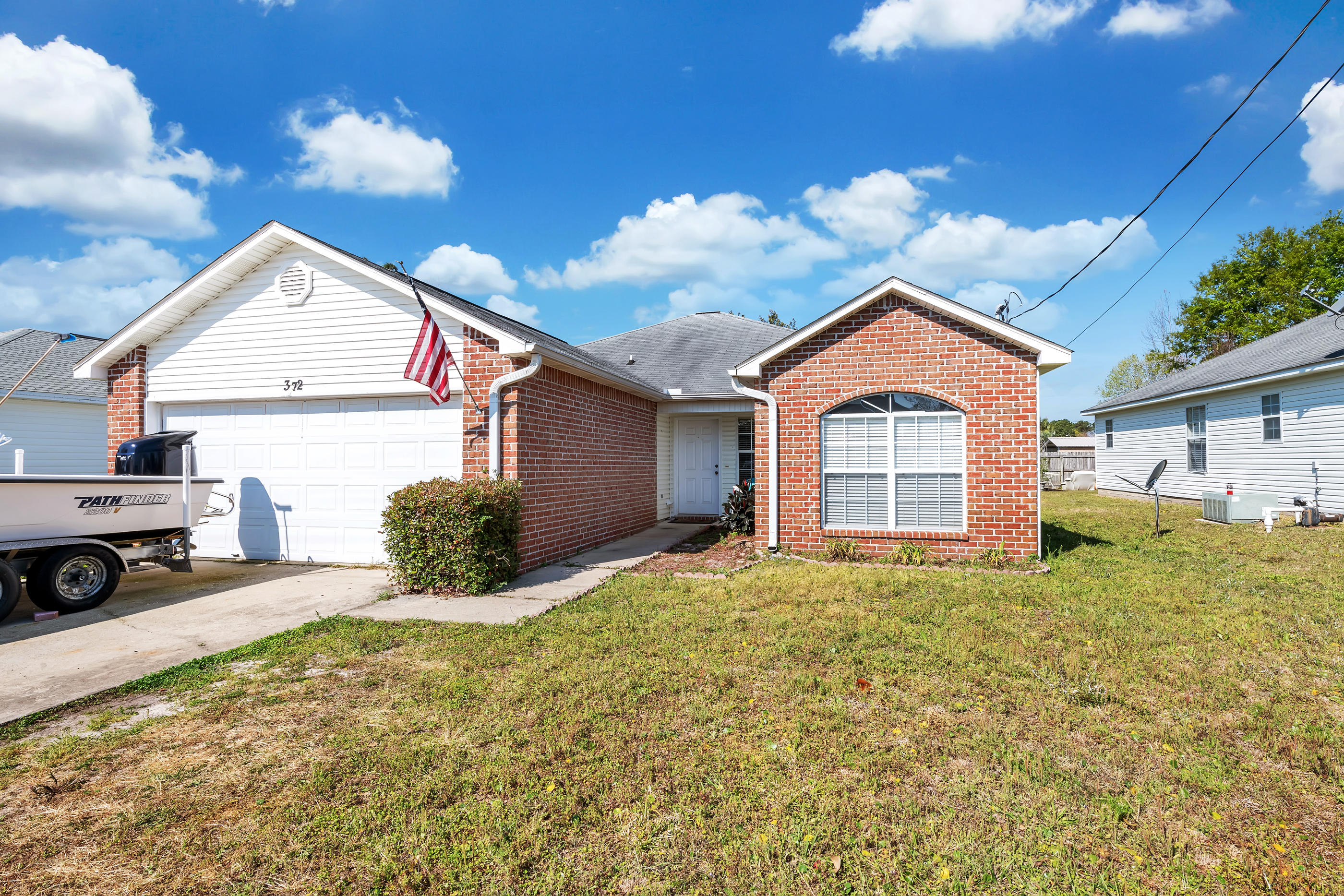 Photo of home for sale at 372 Pristine Water, Mary Esther FL