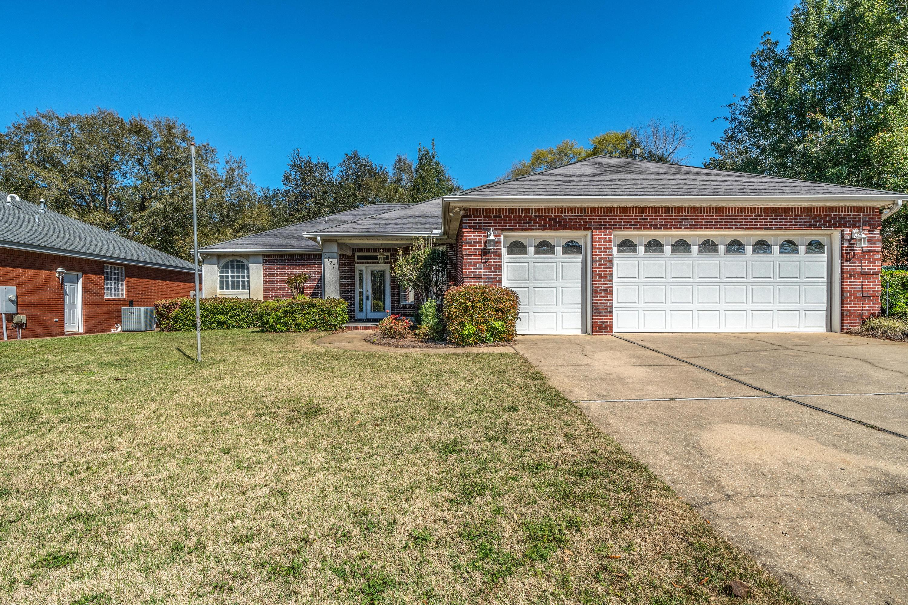 1727  Wren Way, Niceville in Okaloosa County, FL 32578 Home for Sale