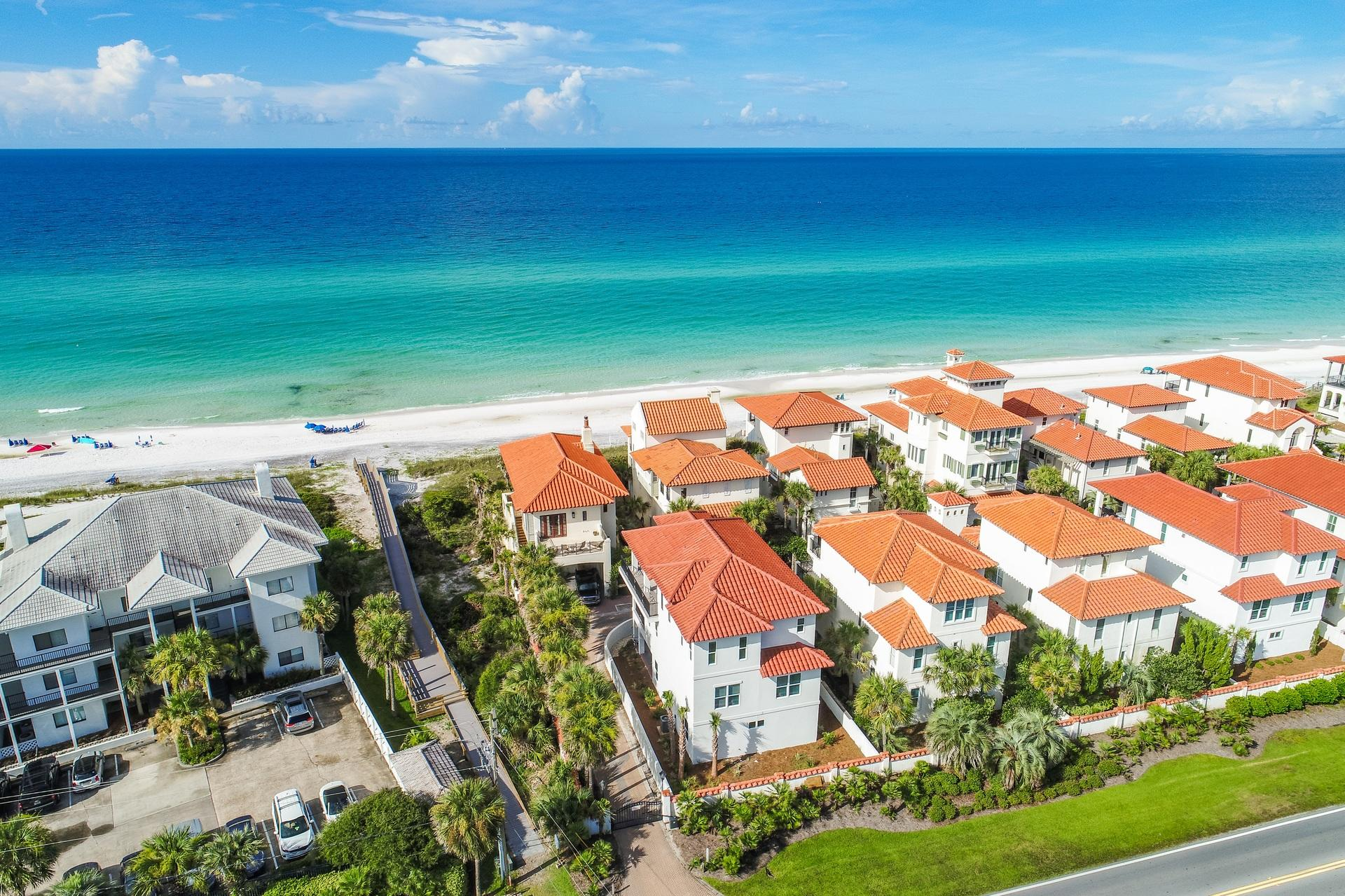 Photo of home for sale at 1026 Dune Allen, Santa Rosa Beach FL