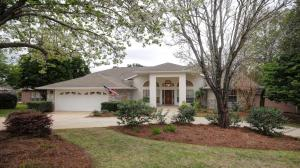 Property for sale at 1024 Lake Way Drive, Niceville,  Florida 32578