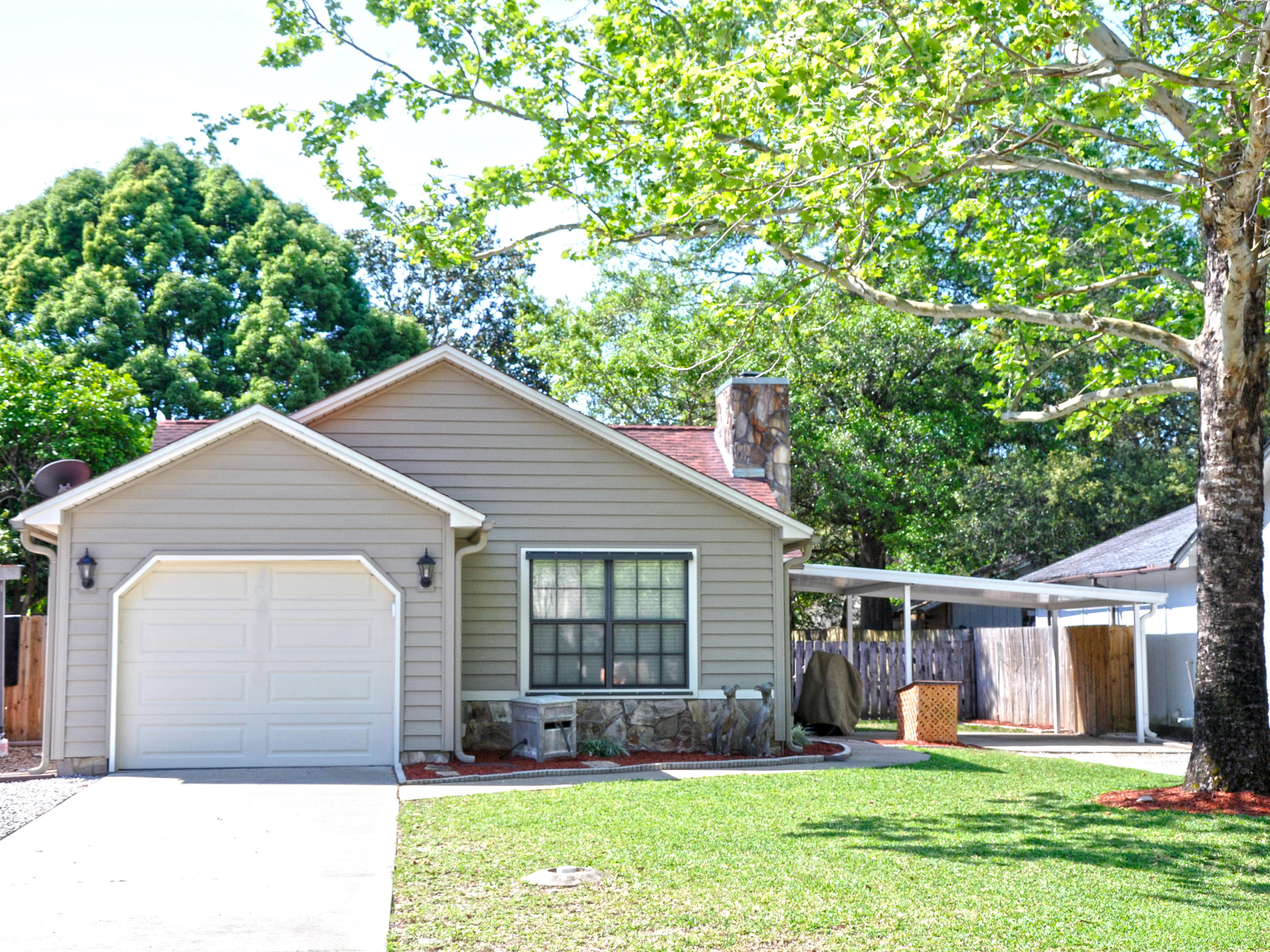 205  McKinley Street, Niceville in Okaloosa County, FL 32578 Home for Sale