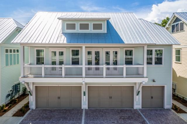 Photo of home for sale at 125 Pine Lands Loop, Inlet Beach FL
