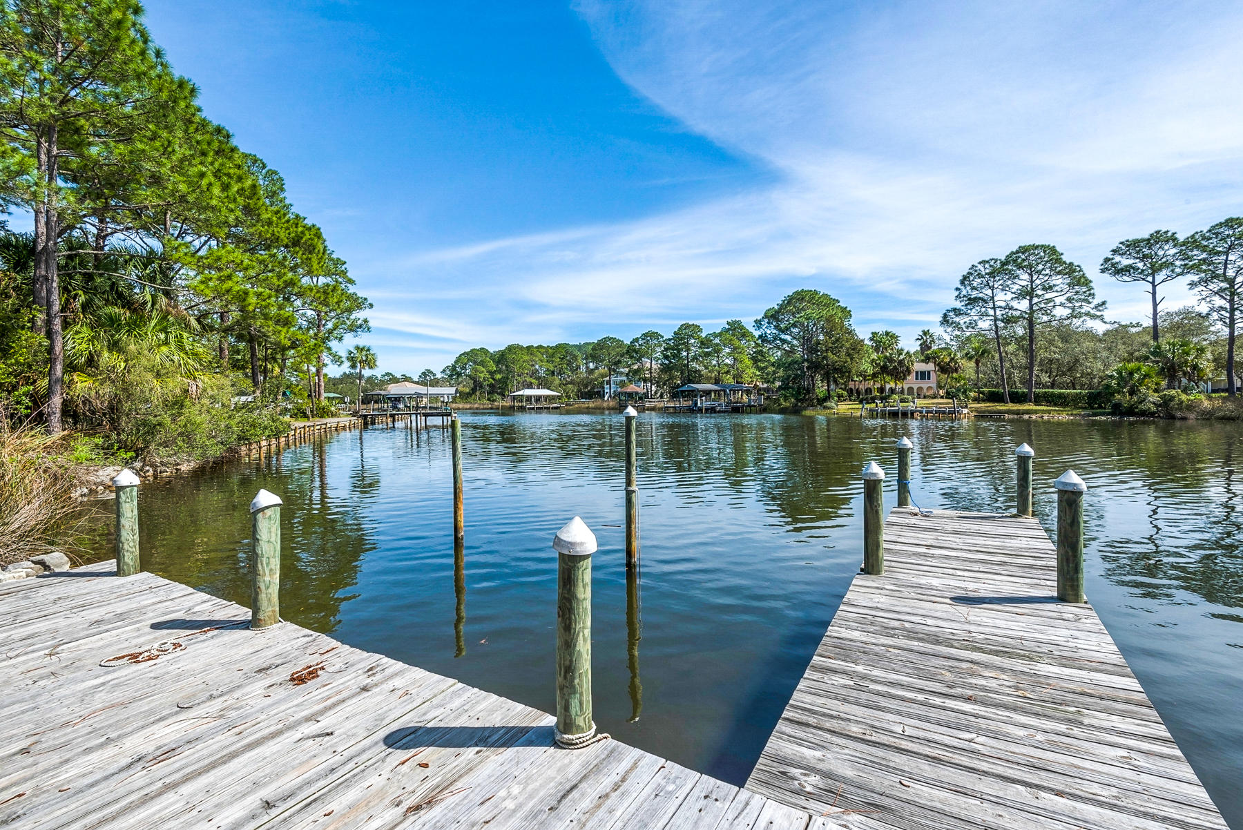 Photo of home for sale at 177 Carson Oaks, Santa Rosa Beach FL