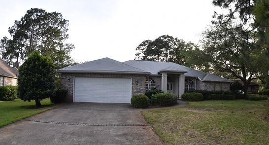 Photo of home for sale at 1513 Pinehurst, Niceville FL
