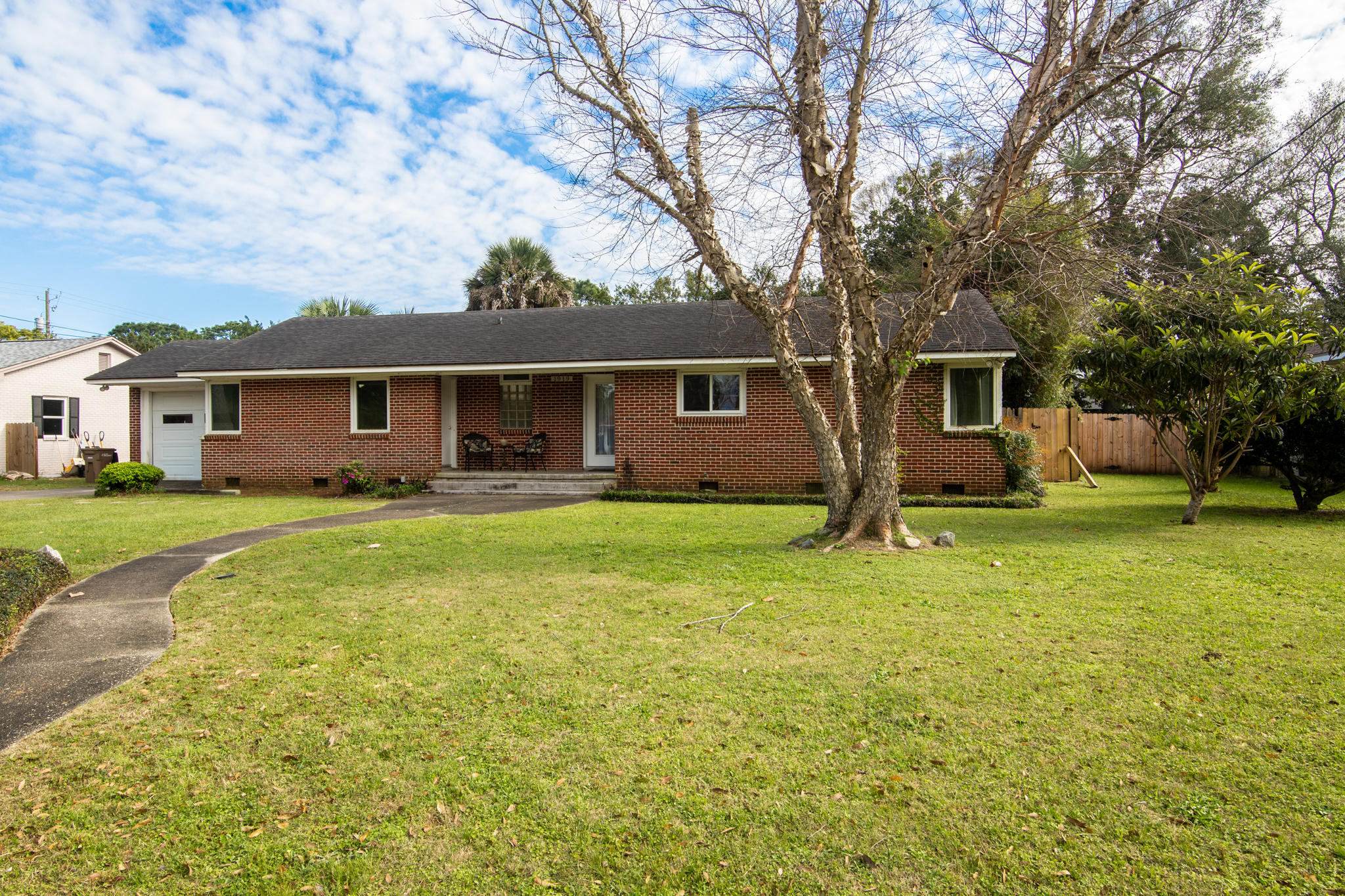 Photo of home for sale at 1919 Fisher St, Pensacola FL