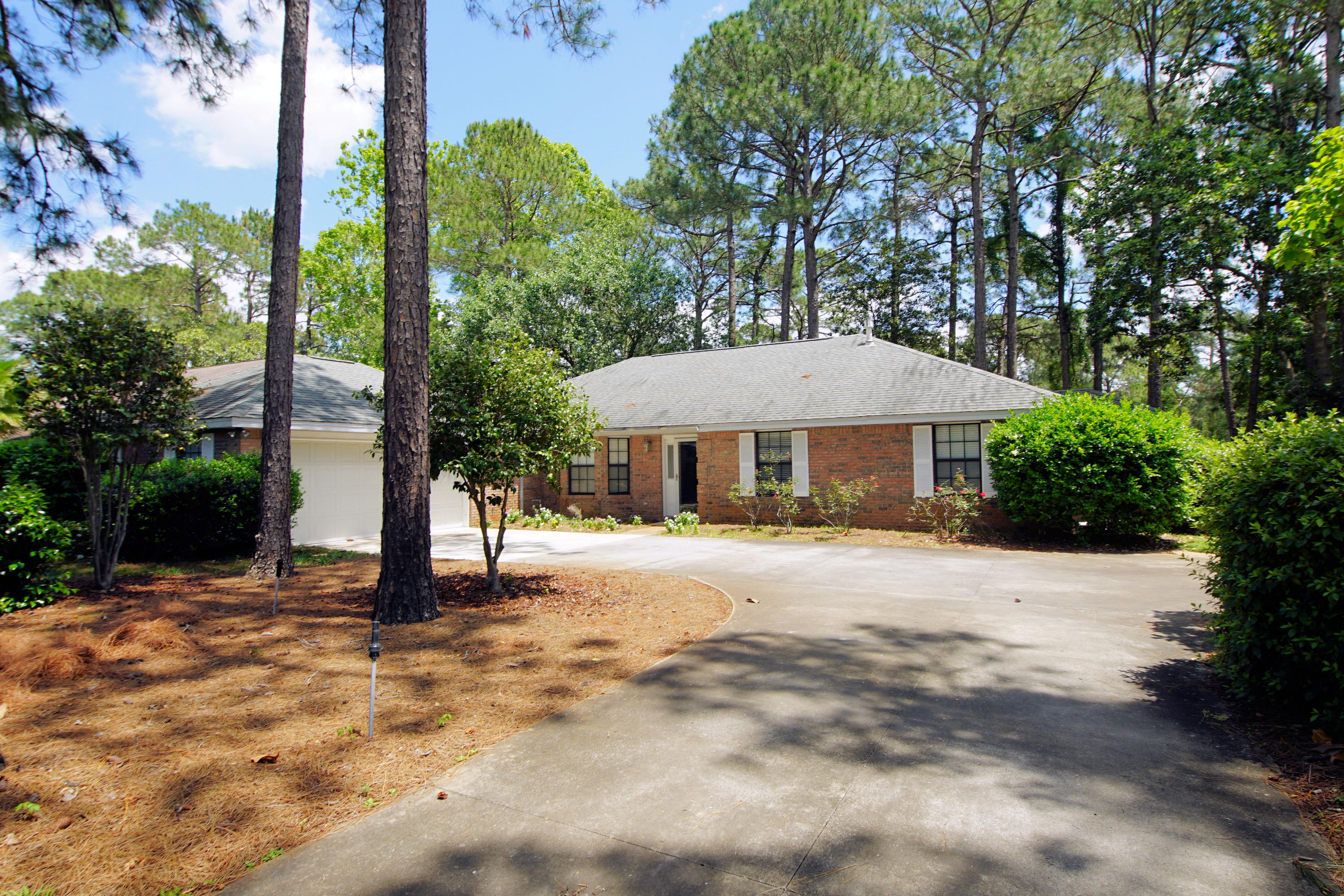 1225  Chantilly Circle, Niceville, Florida