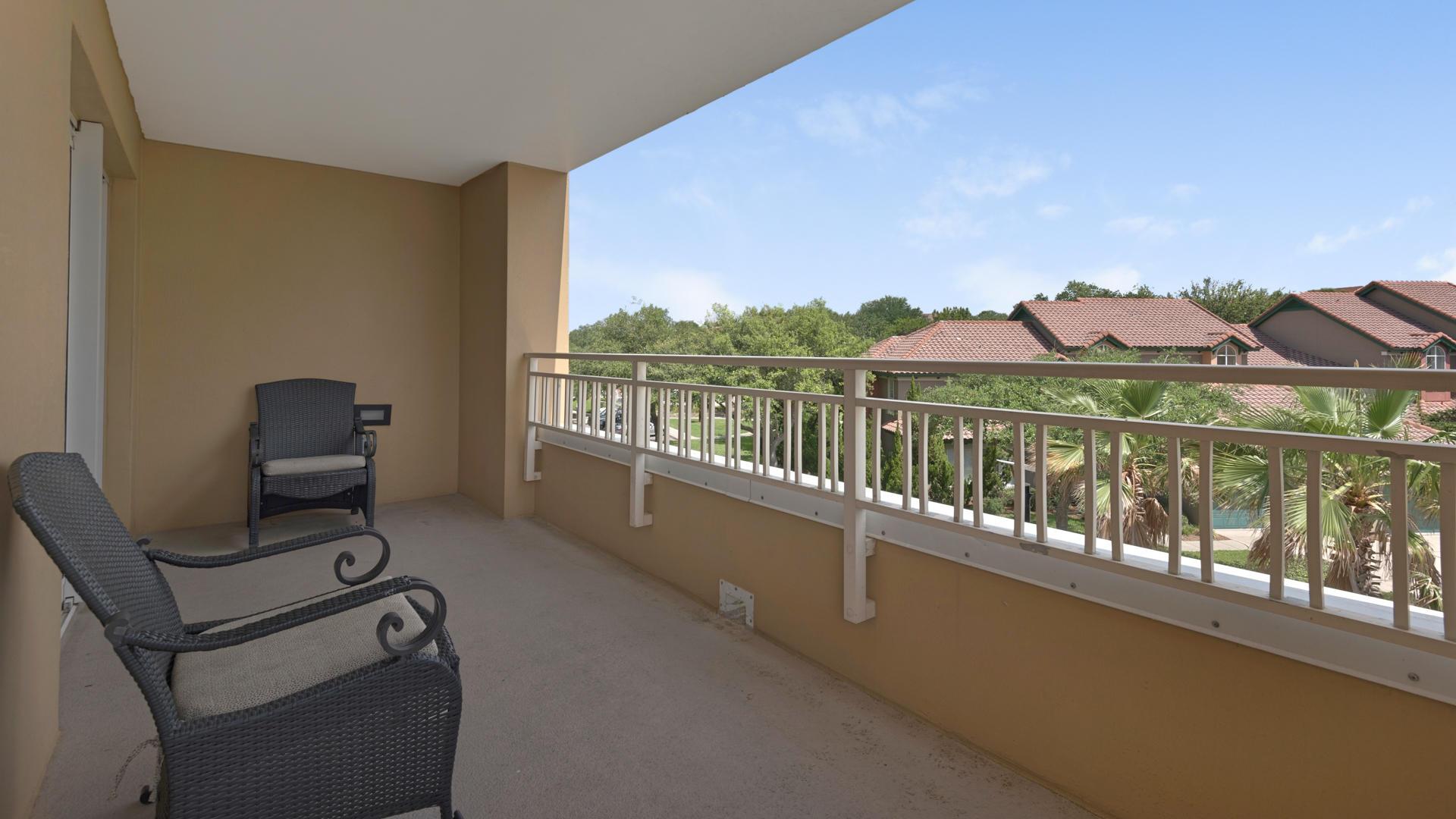 A 1 Bedroom 1 Bedroom Luau I Condominium