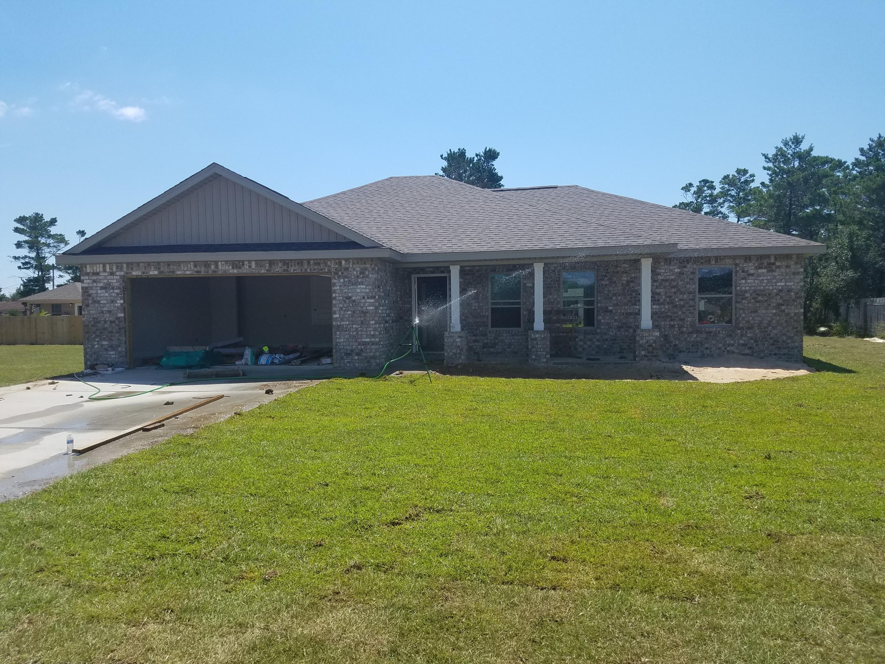 Photo of home for sale at 1766 Kell Rd, Gulf Breeze FL