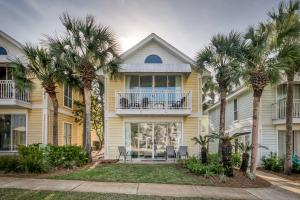 Property for sale at 69 Crystal Beach Drive #10, Destin,  FL 32541