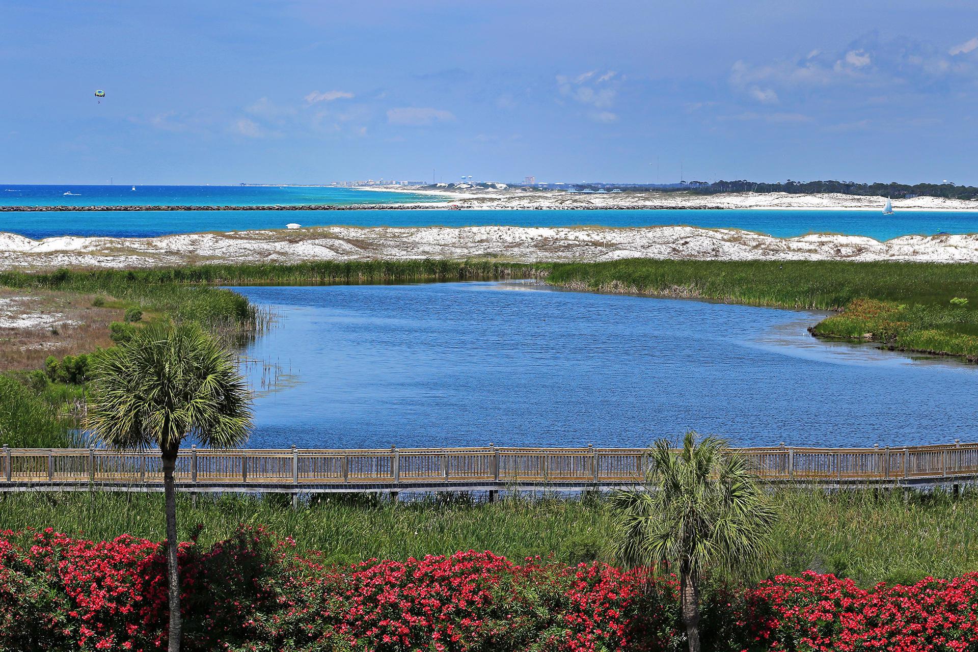 500  Gulf Shore Drive UNIT 322, Destin, Florida