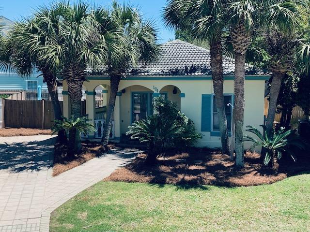 Photo of home for sale at 104 Terra Cotta, Destin FL