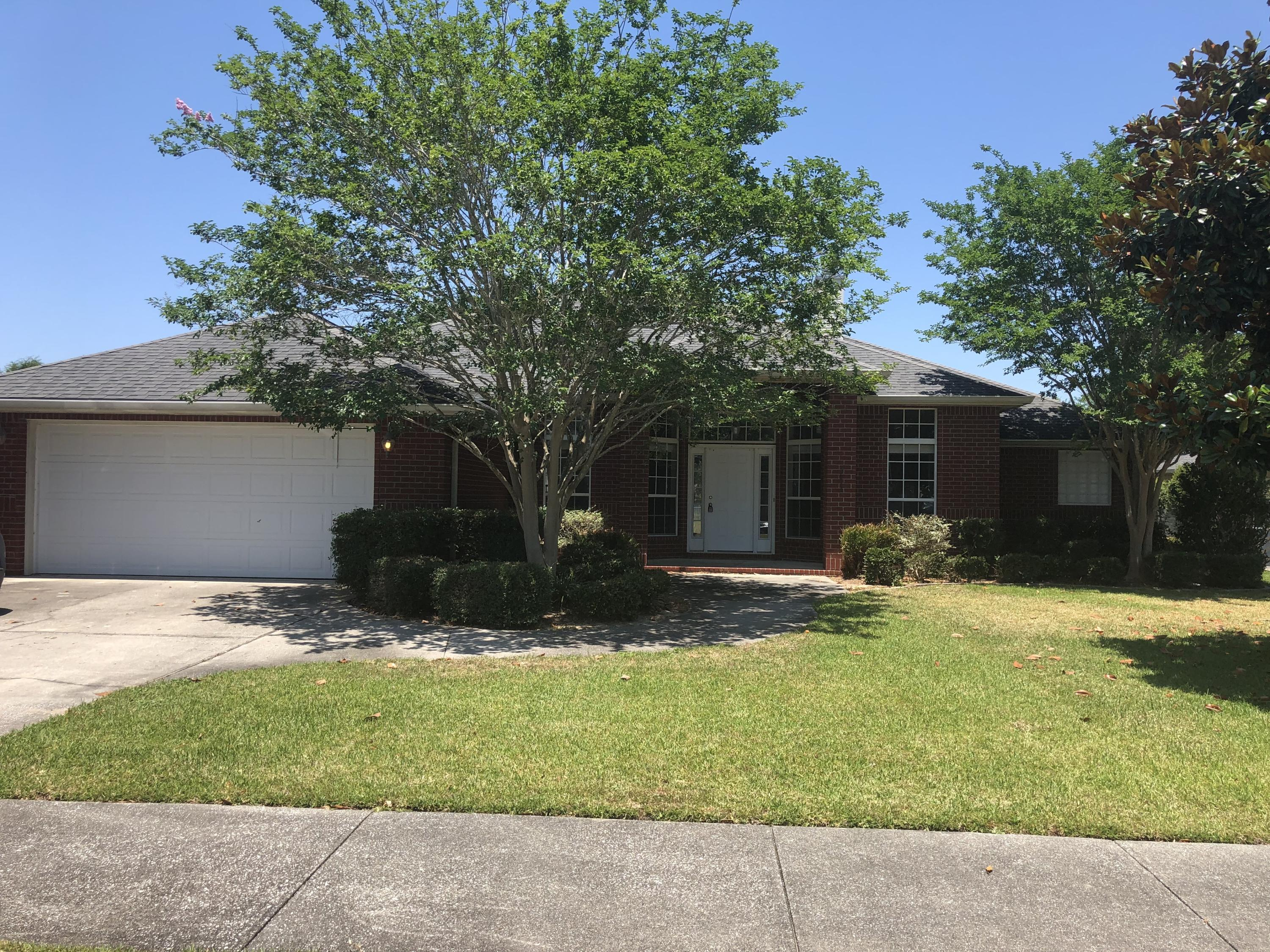 Photo of home for sale at 2613 Stormy, Navarre FL