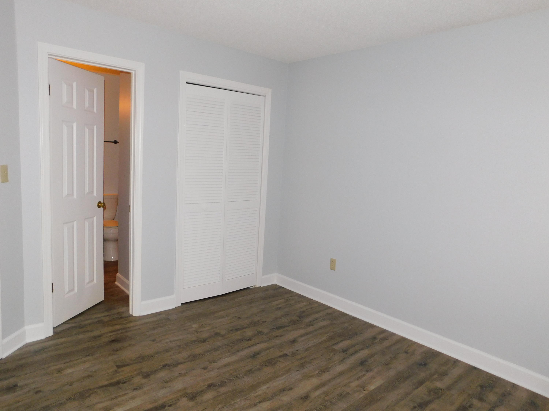Photo of home for sale at 214 Westlake, Niceville FL