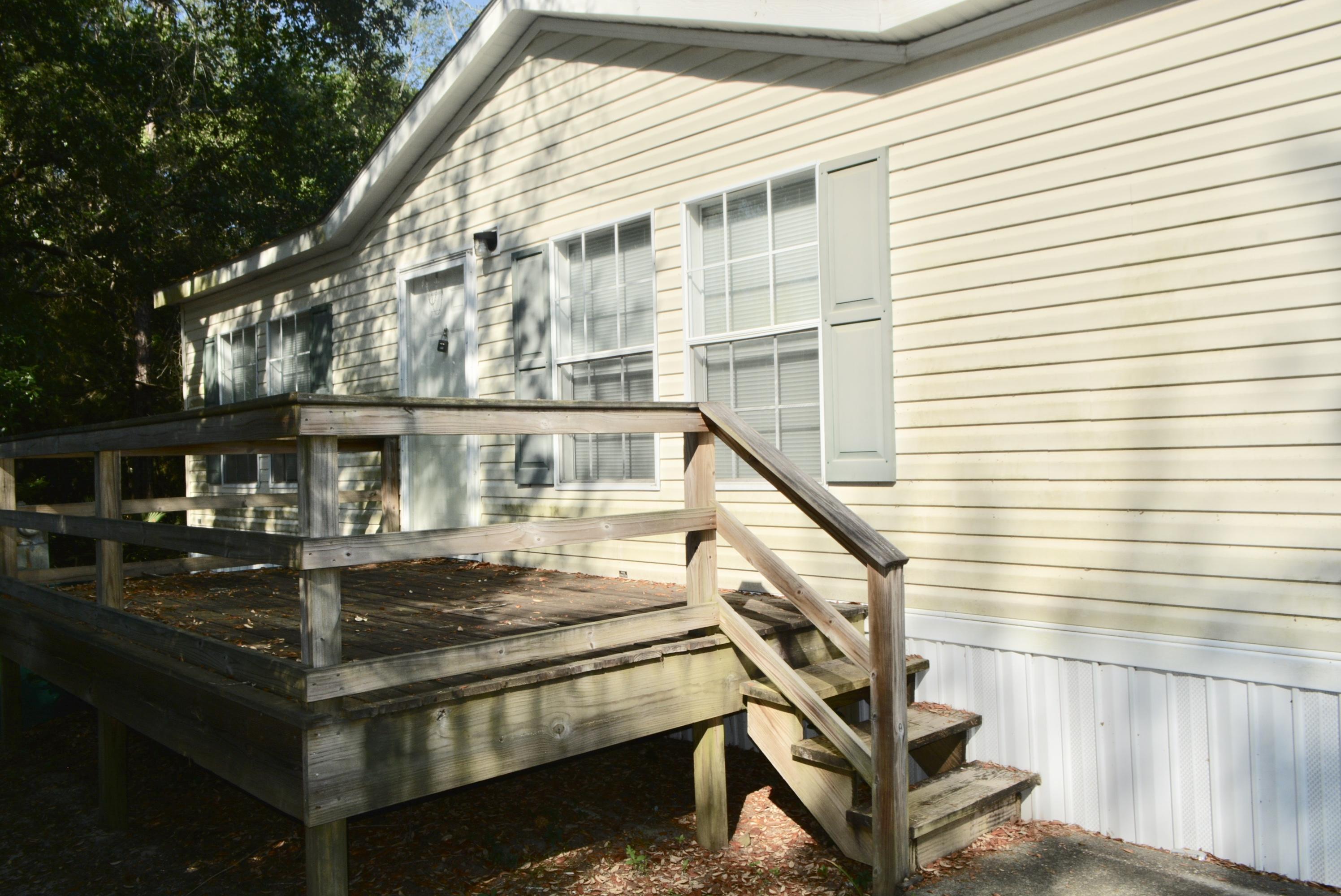 A 3 Bedroom 2 Bedroom Bayshore Villas Mobile Home Community Townhome
