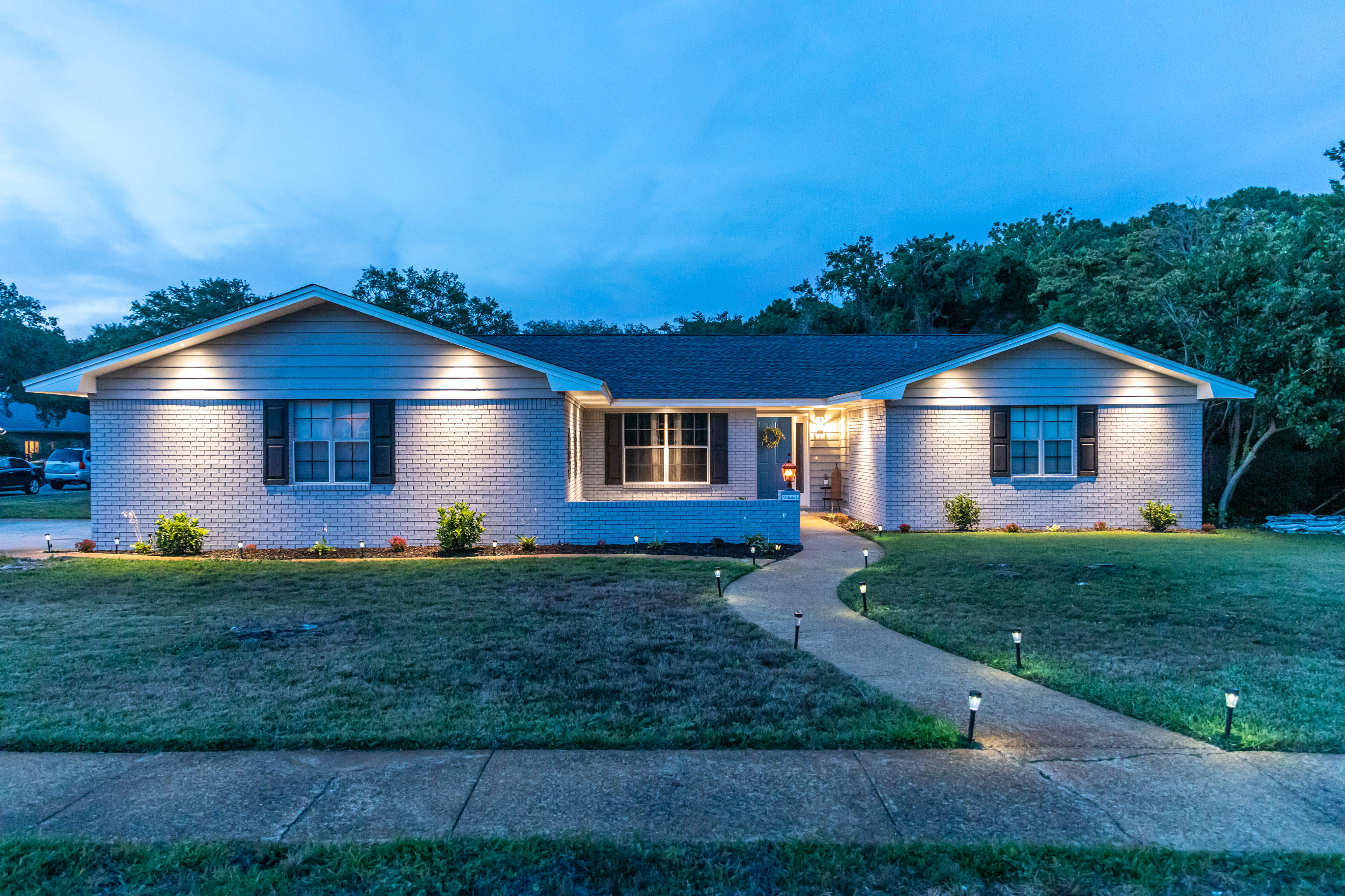 Photo of home for sale at 5 Cahaba, Destin FL