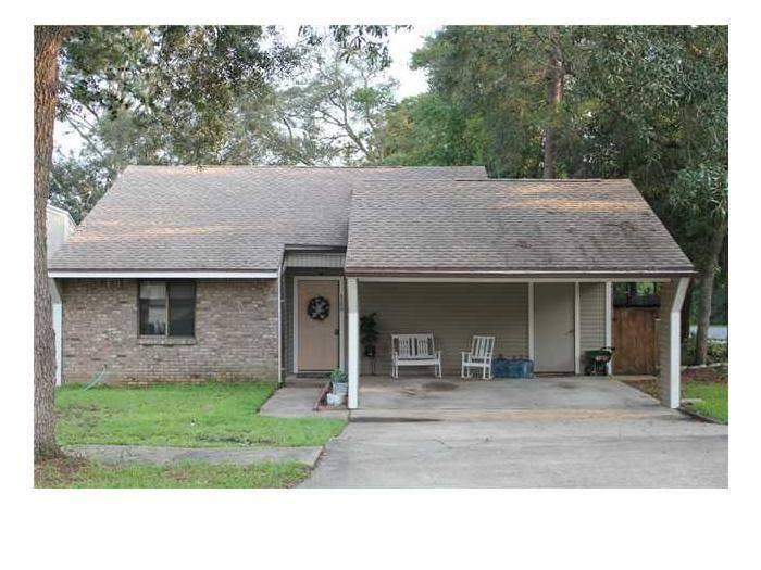 200  Bartonwood Court, Niceville, Florida