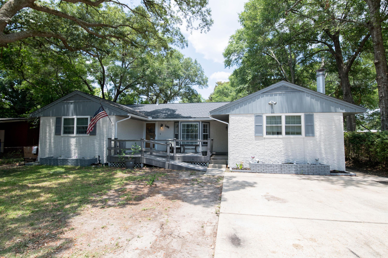 348  Chicago Avenue, Valparaiso in Okaloosa County, FL 32580 Home for Sale