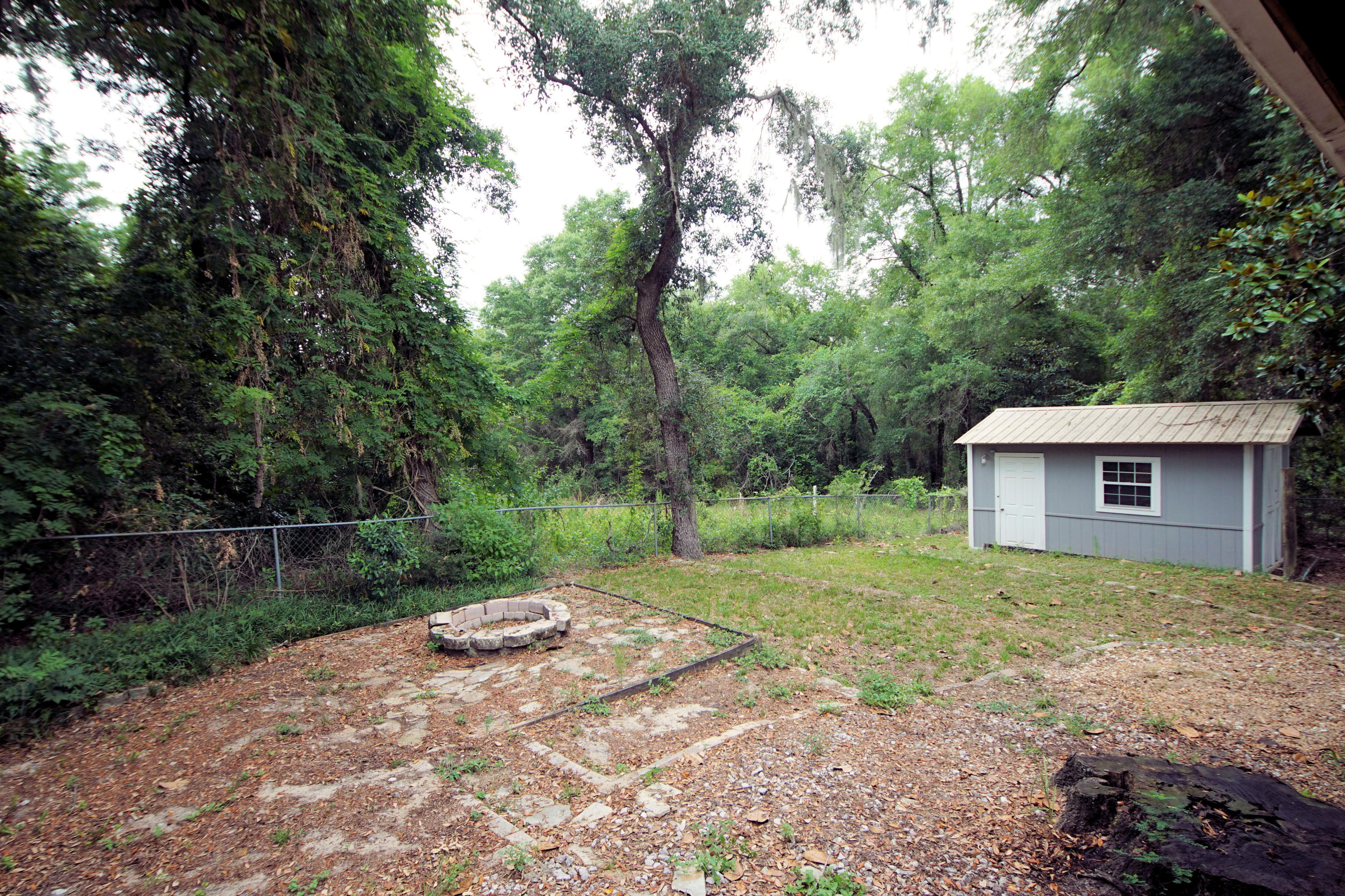 Photo of home for sale at 307 St Charles, Niceville FL