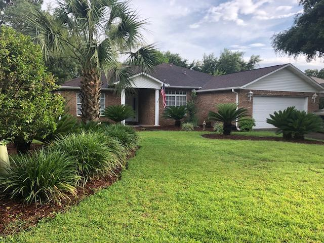 Photo of home for sale at 4558 Knollwood, Niceville FL