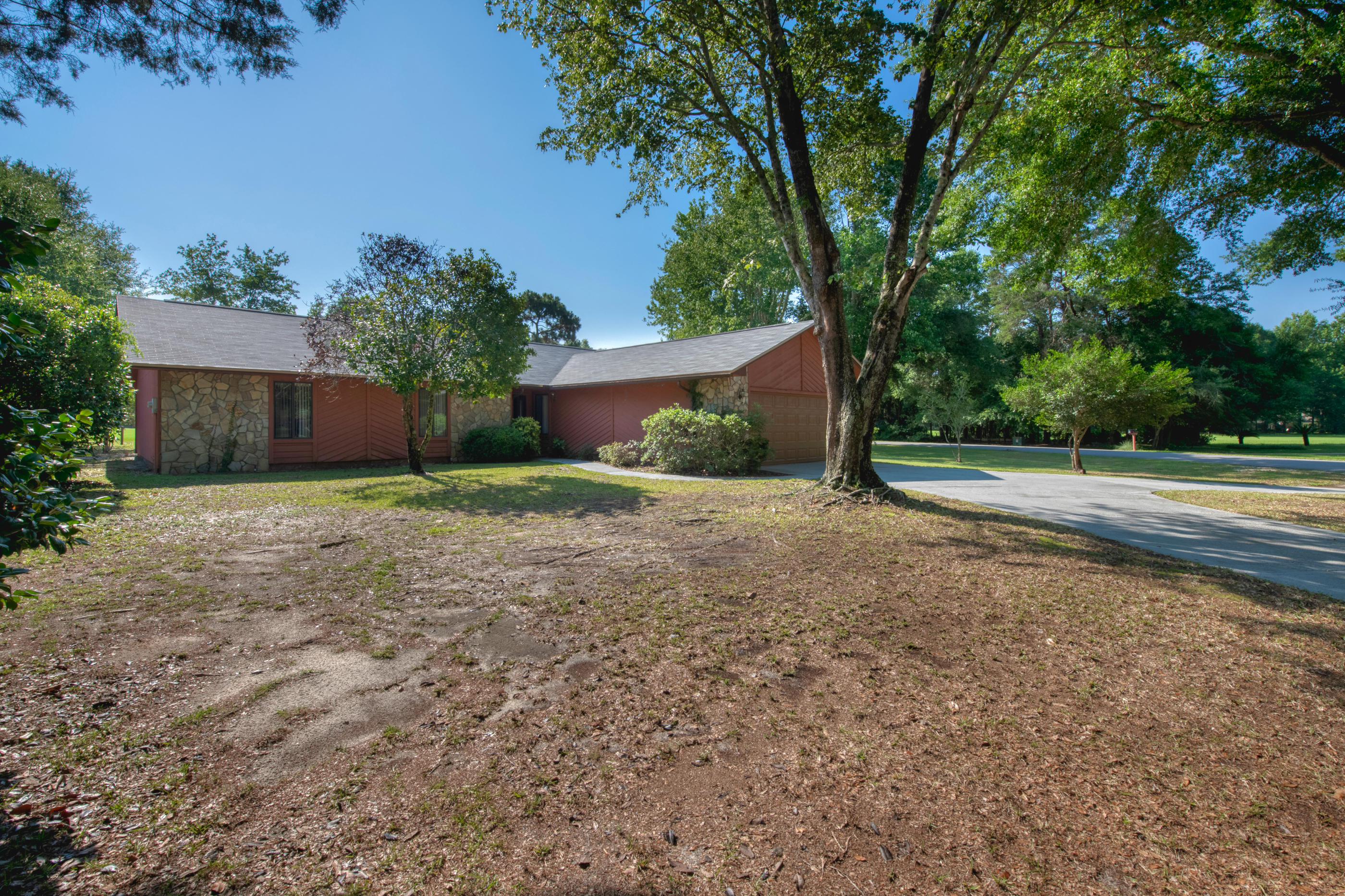 318  Sharon Drive, Niceville in Okaloosa County, FL 32578 Home for Sale