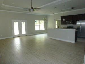 102 CASTLE ROAD, MARY ESTHER, FL 32569  Photo