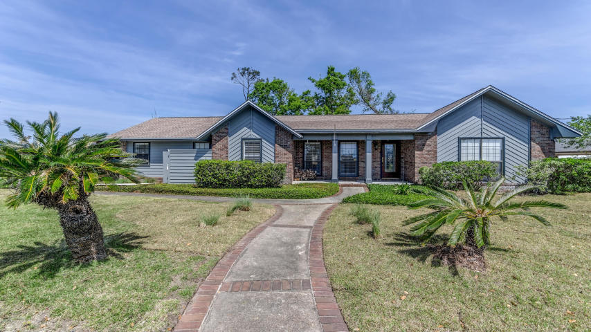 Photo of home for sale at 2350 Foxworth, Panama City FL
