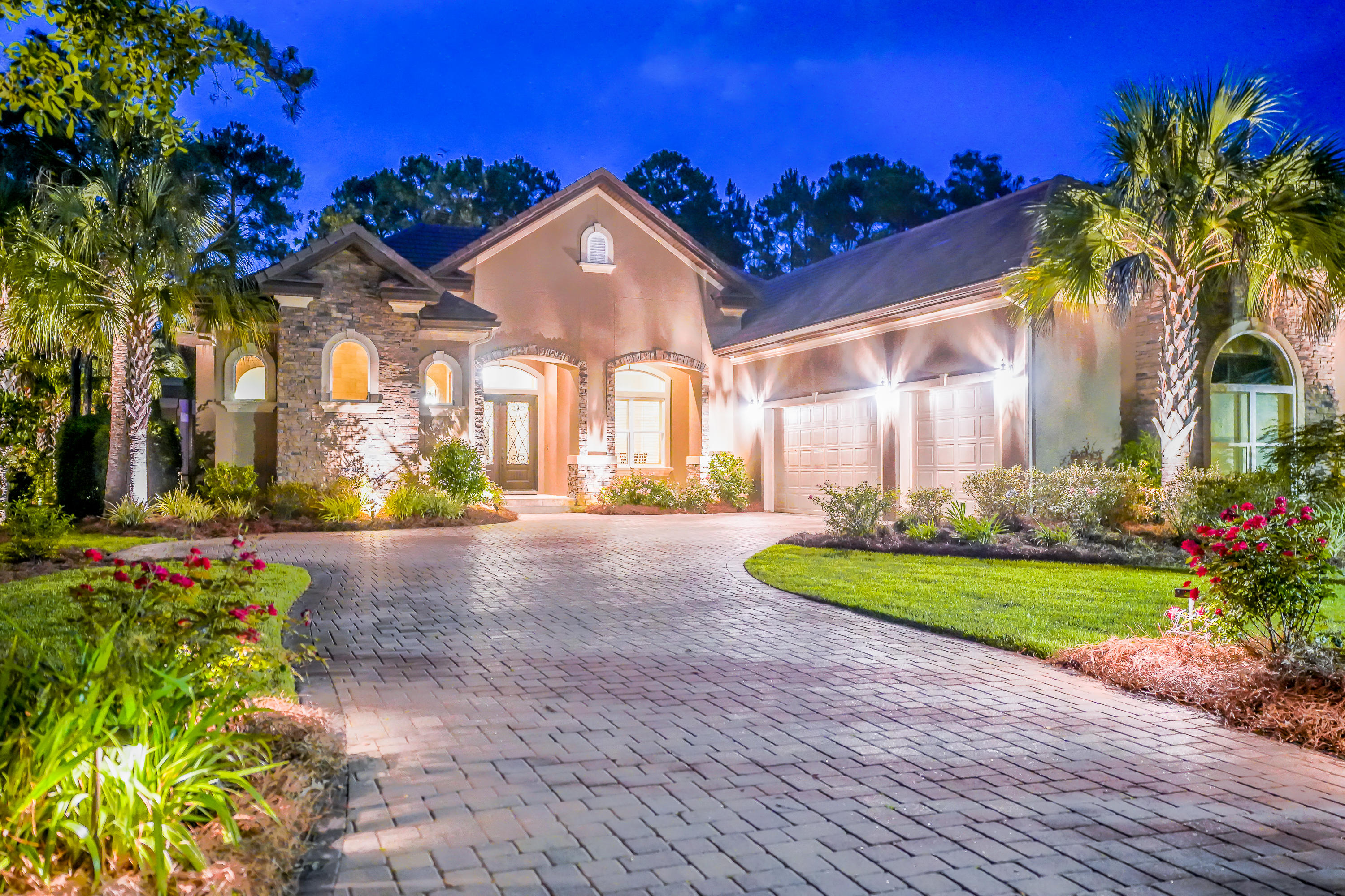 Photo of home for sale at 3960 Baytowne, Miramar Beach FL