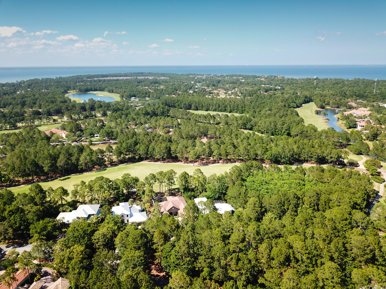 Photo of home for sale at 3960 Baytowne, Miramar Beach FL