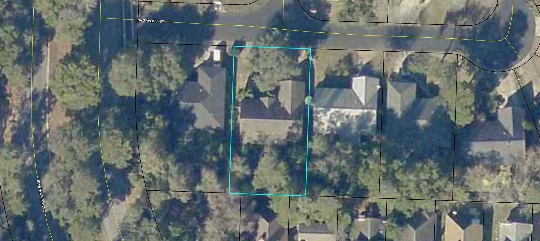 Photo of home for sale at 4548 Parkwood, Niceville FL