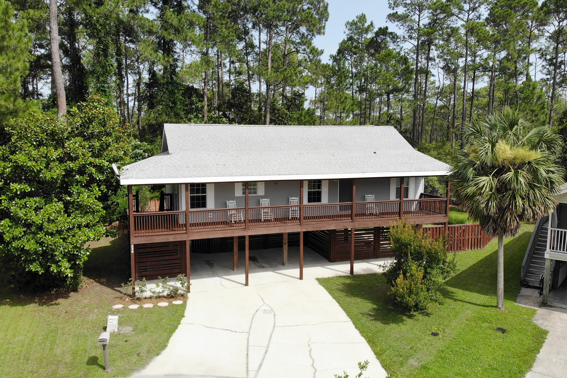 Search all Santa Rosa Beach real estate listings and nearby MLS properties E826003