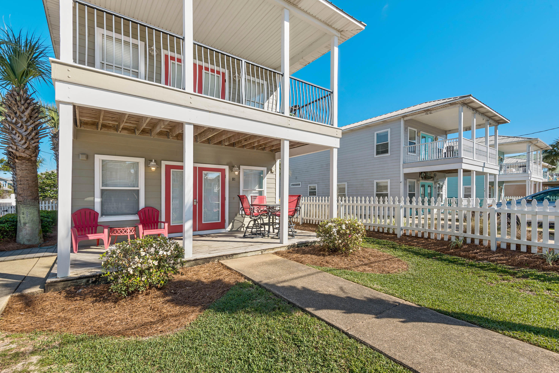 Photo of home for sale at 81 Shirah, Destin FL