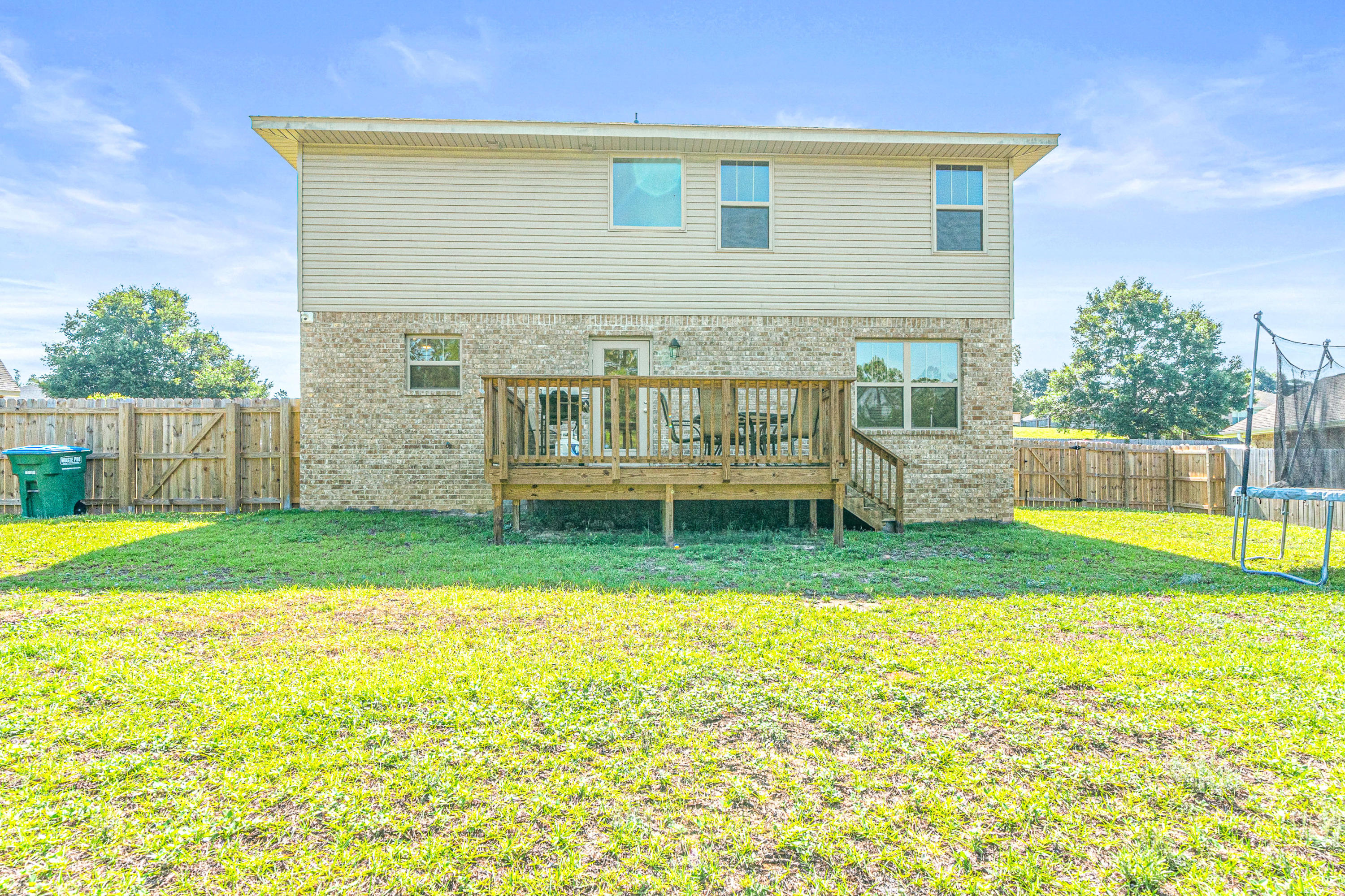 Photo of home for sale at 213 Silverton, Crestview FL
