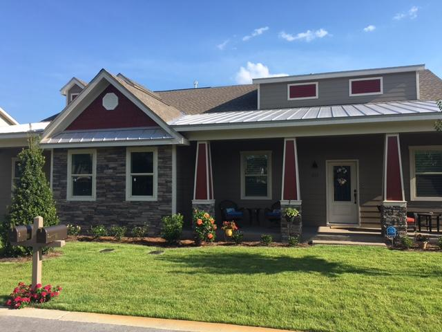 Photo of home for sale at 854 Cannon, Destin FL