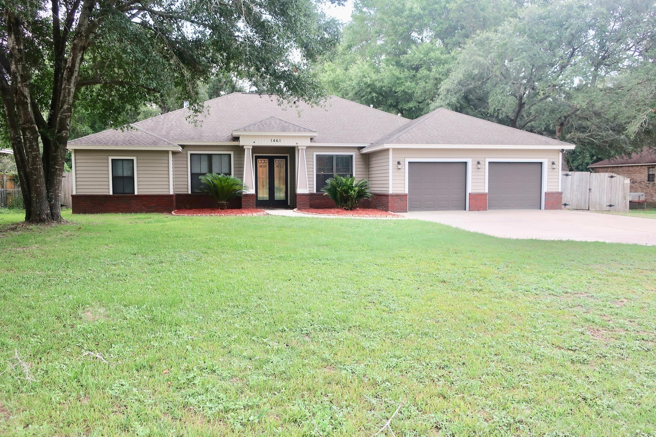 1461  Pine Street, Niceville in Okaloosa County, FL 32578 Home for Sale