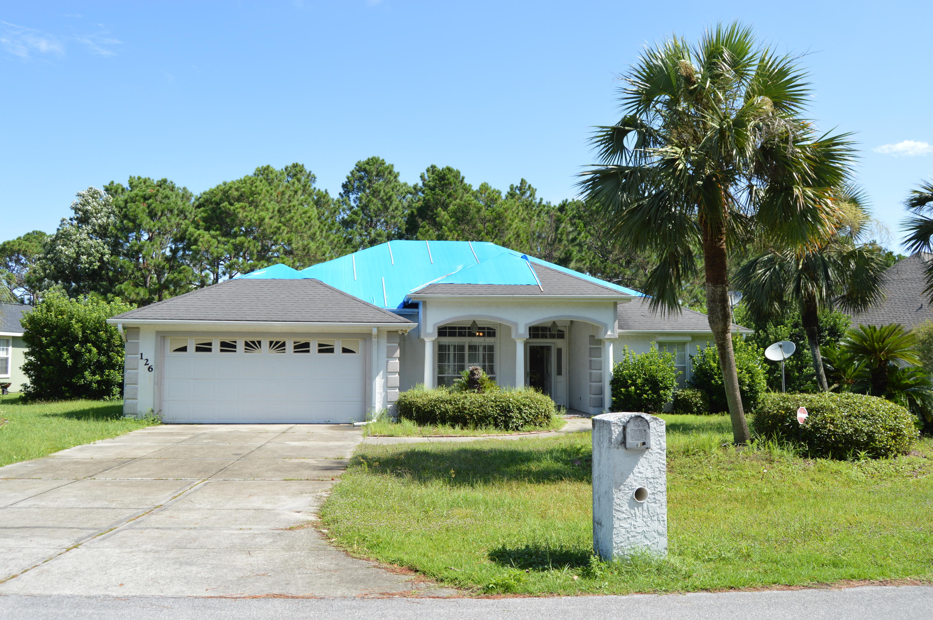 Photo of home for sale at 126 Glades, Panama City Beach FL