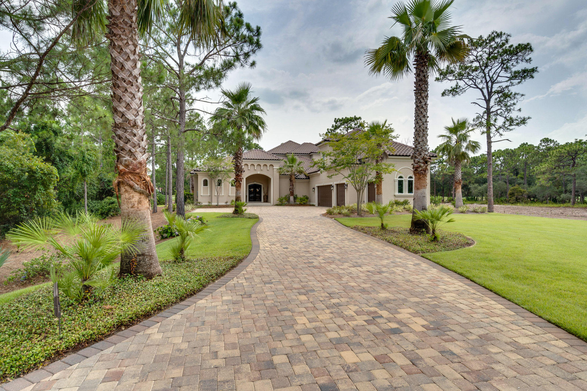 Photo of home for sale at 3573 Preserve, Miramar Beach FL