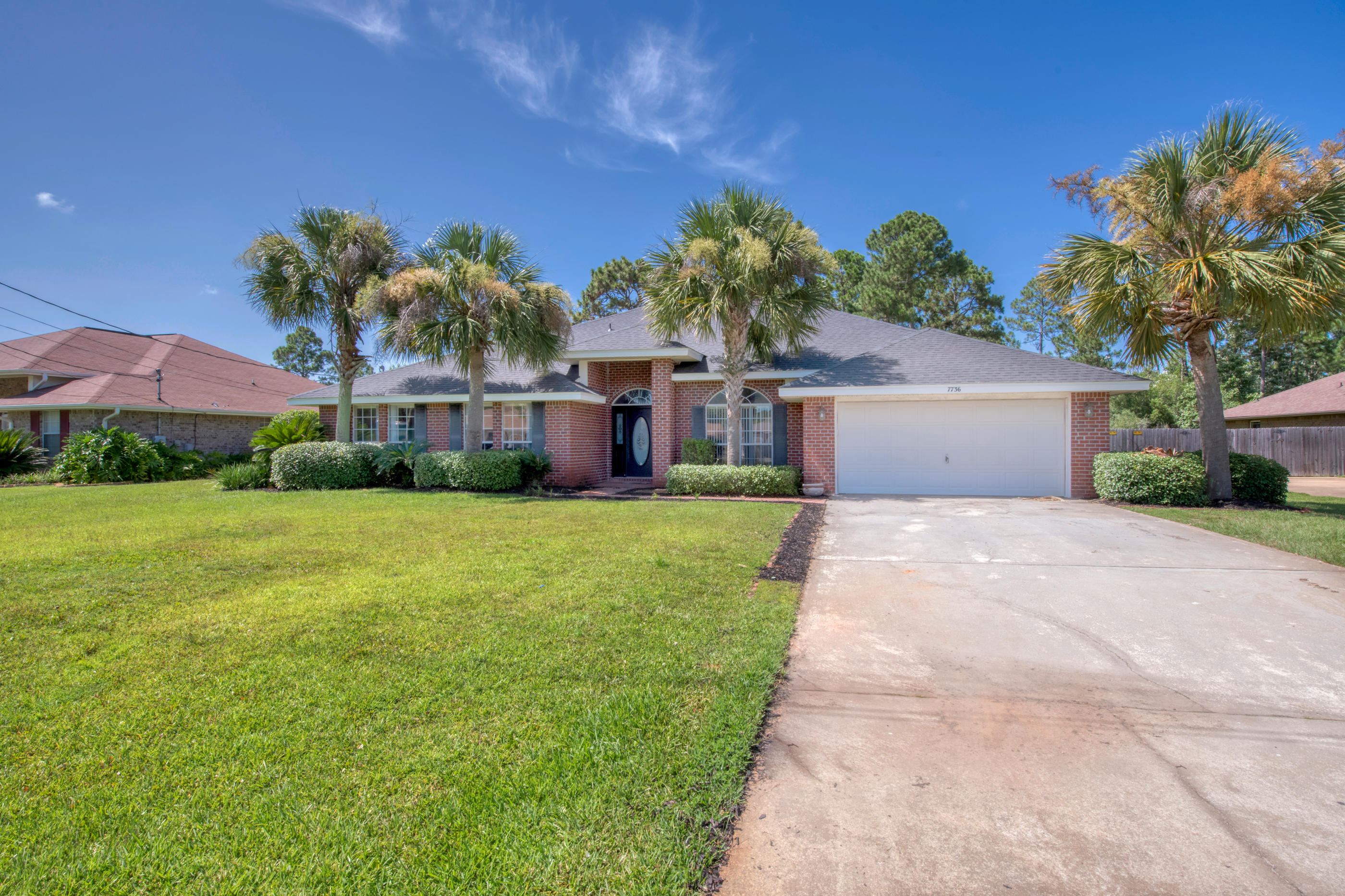 Photo of home for sale at 7736 Seaward, Navarre FL