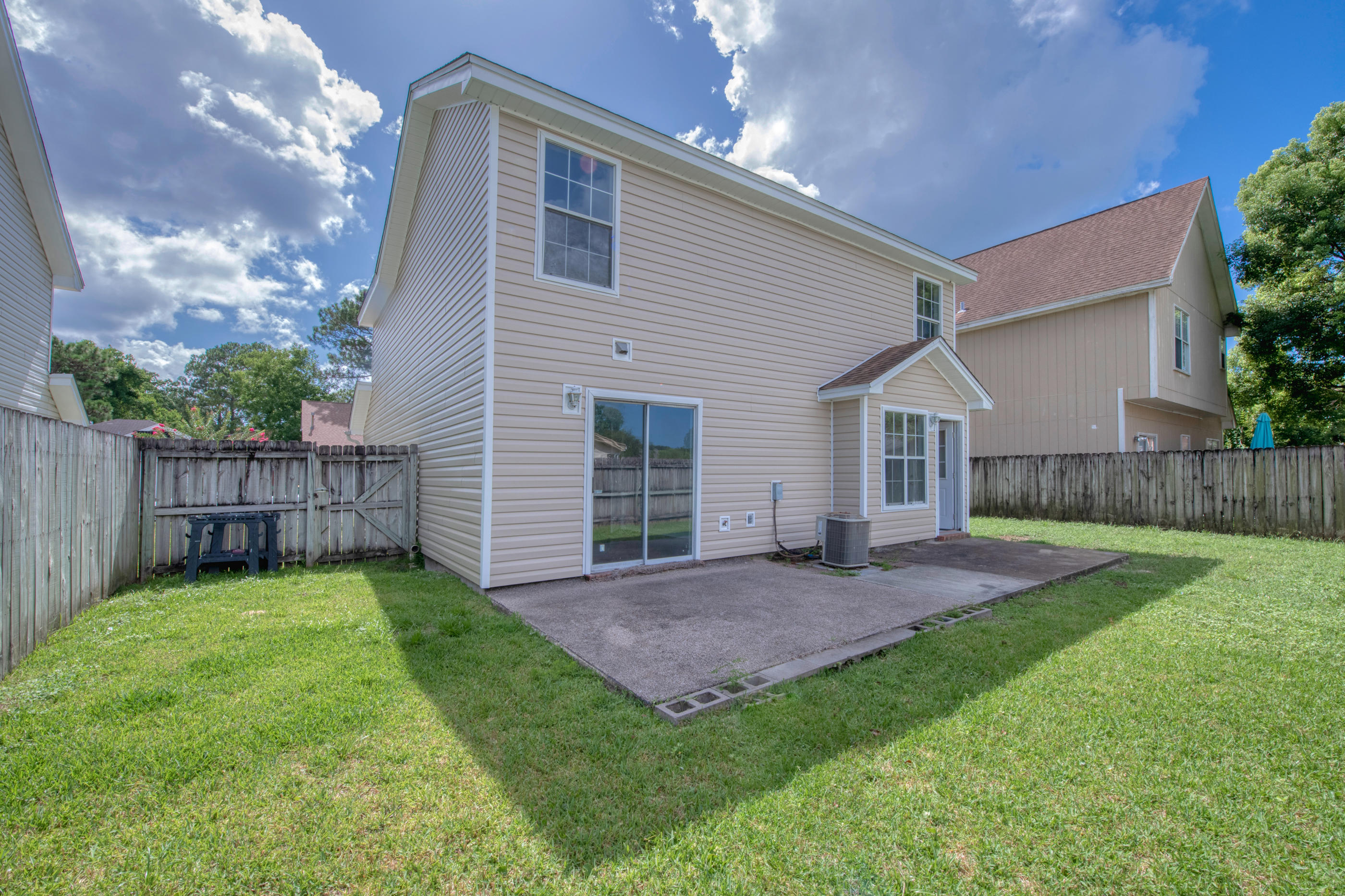 Photo of home for sale at 1134 Jeni Mae, Fort Walton Beach FL