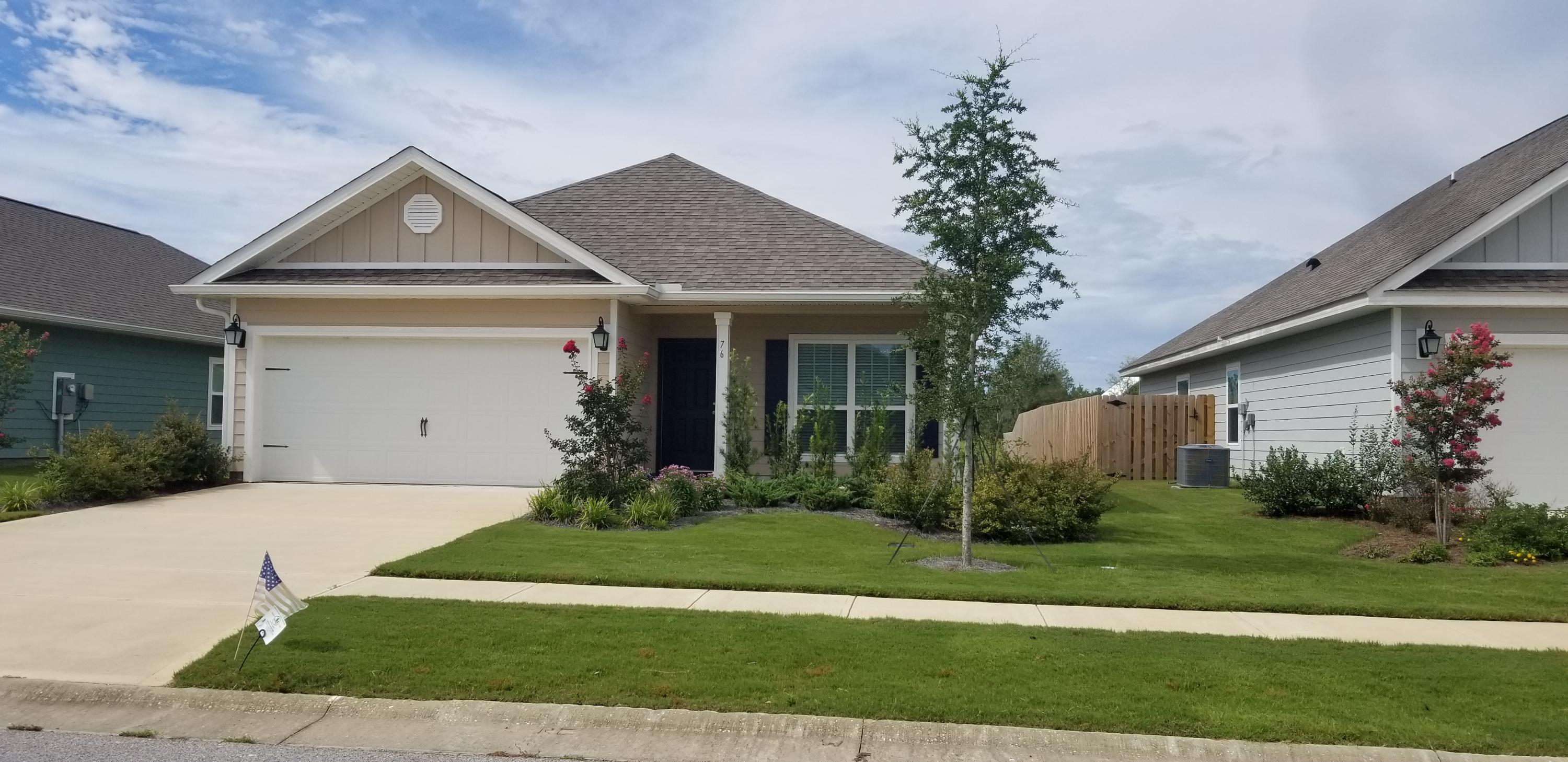 Photo of home for sale at 76 Mary Ellen, Freeport FL