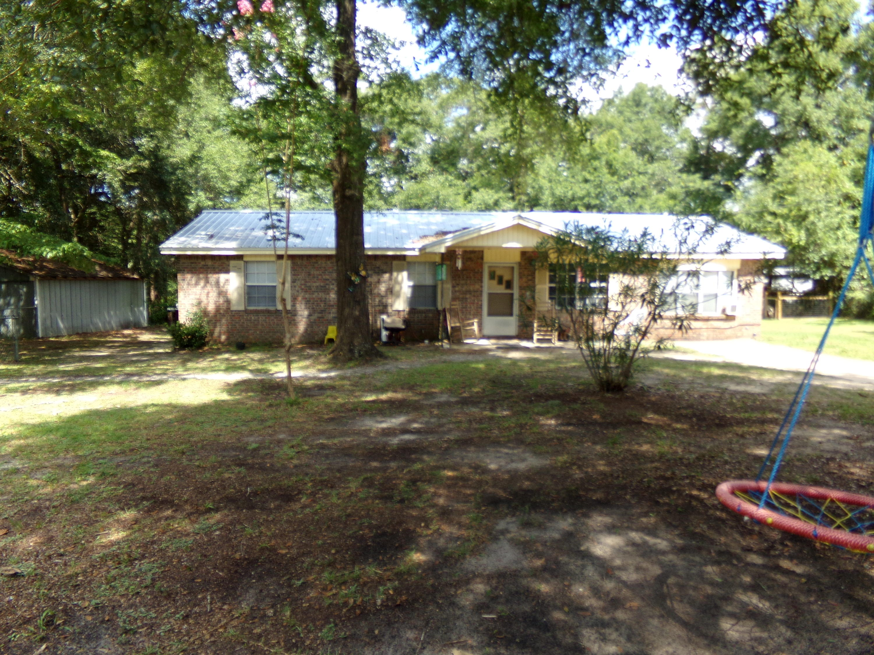Photo of home for sale at 5395 Lunnie Barnes, Baker FL