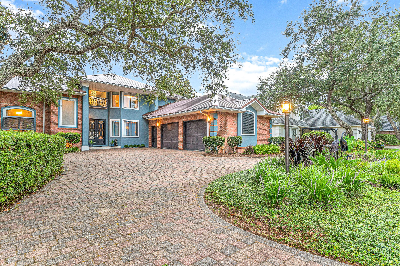 4402  Windlake Drive, Niceville, Florida
