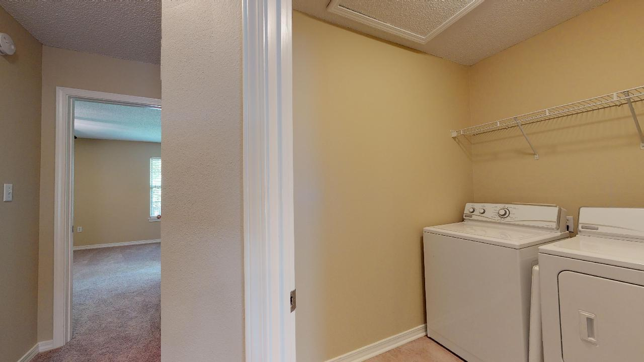 Photo of home for sale at 220 Twin Lakes, Destin FL