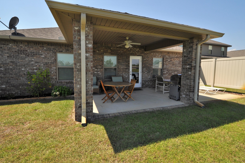 Photo of home for sale at 281 Pin Oak, Santa Rosa Beach FL