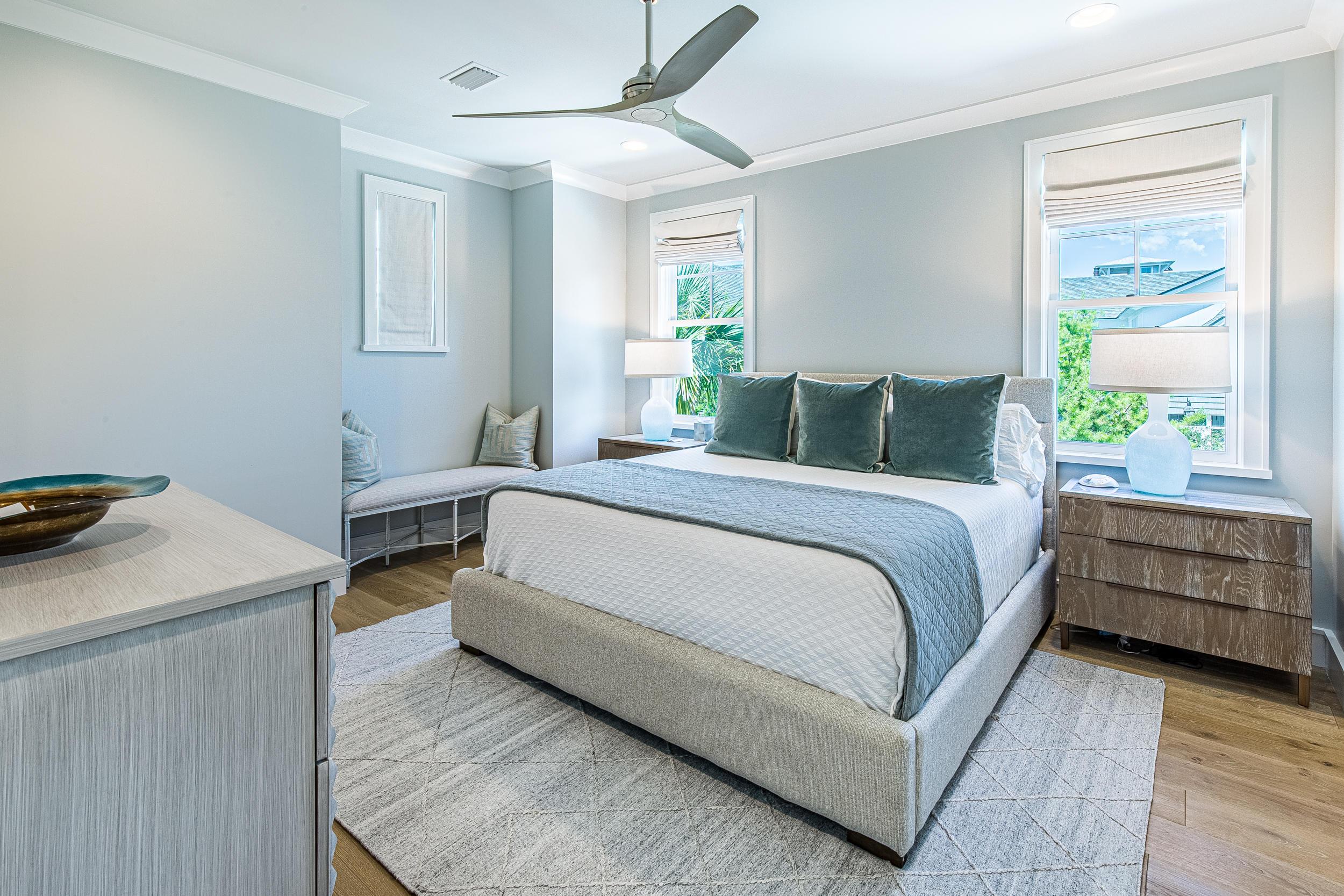 MLS Property 828323
