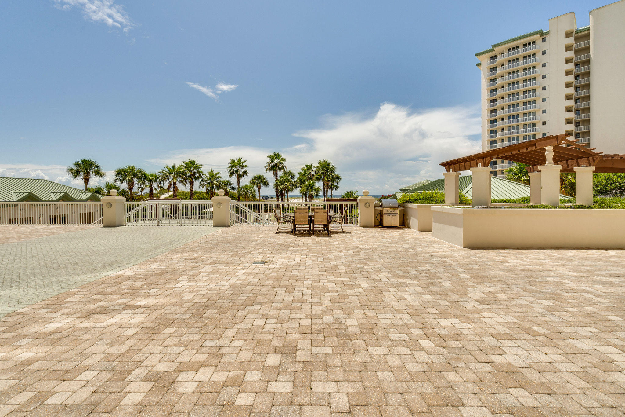 Photo of home for sale at 15500 Emerald Coast Pkwy, Destin FL