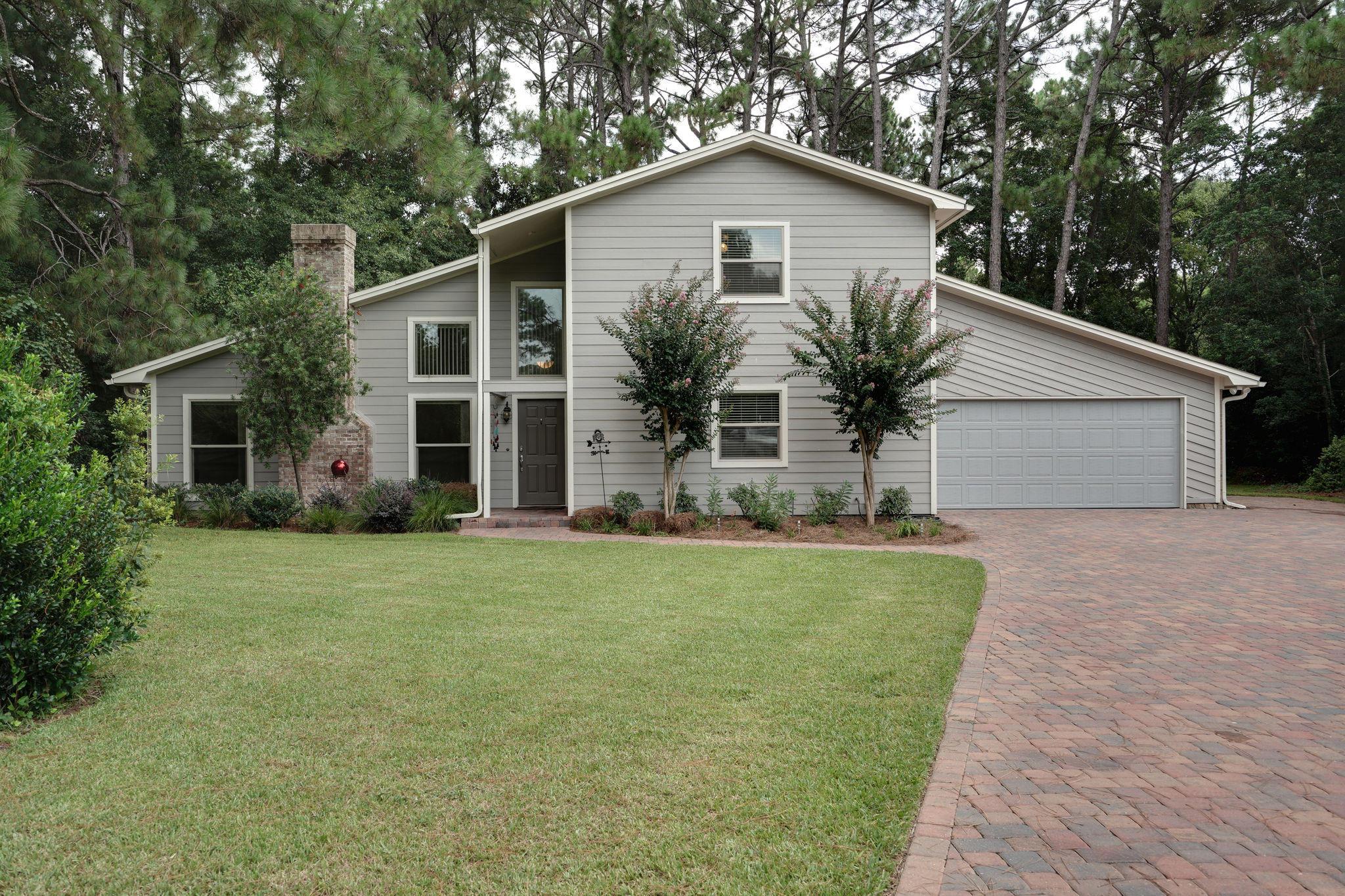 725  Prestwick Drive, Niceville, Florida