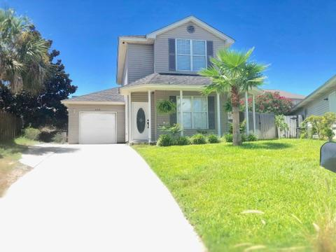 Photo of home for sale at 209 Panther, Destin FL