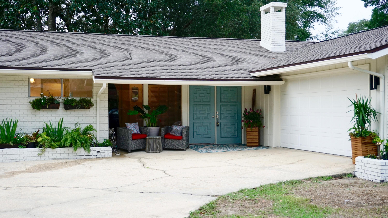 A 4 Bedroom 2 Bedroom Villa Jean Est S/d Lot 2 Home